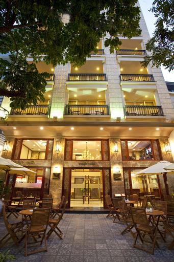 Conifer Boutique Hotel, Hoàn Kiếm