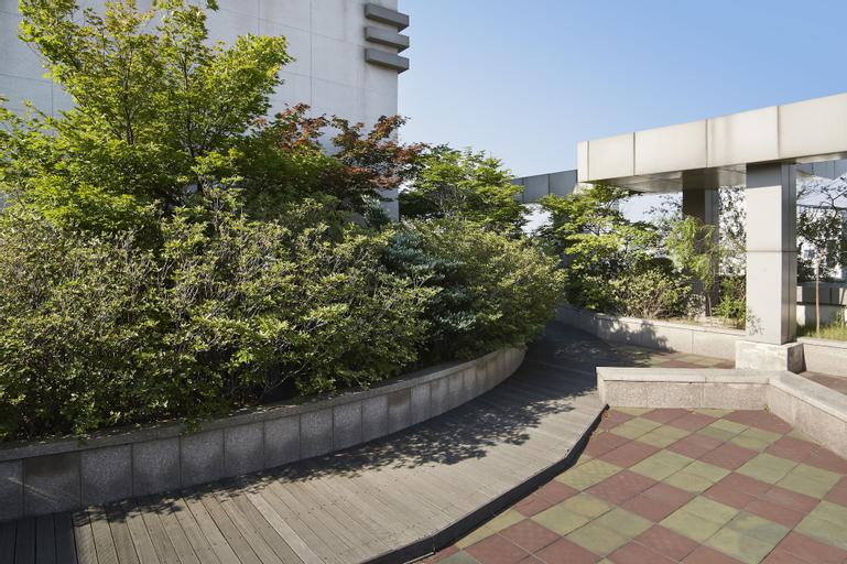 Hyundai Residence, Jung