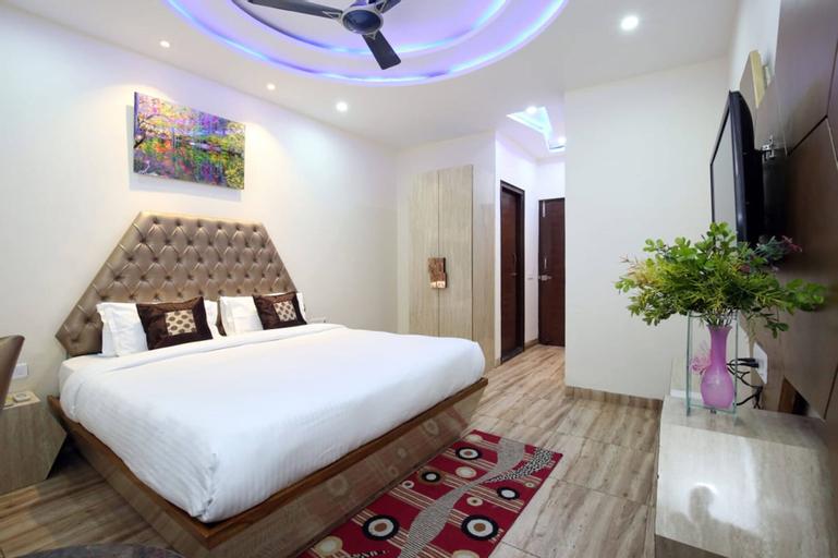 Hotel Sangam Pacific, Panchkula