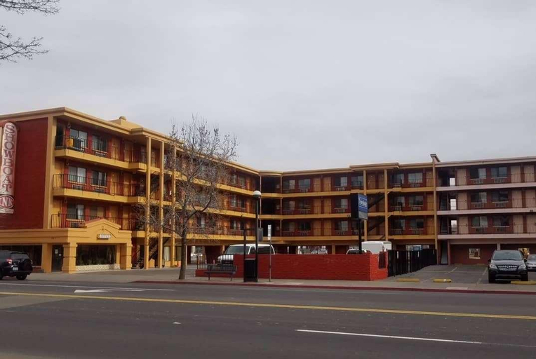 Howard Johnson by Wyndham Reno, Washoe
