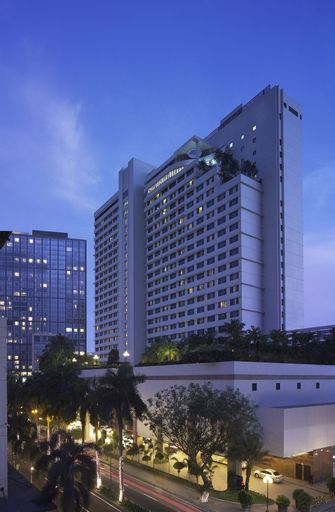 New World Makati Hotel, Makati City
