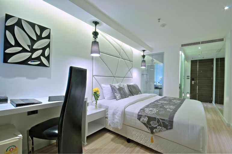 Sukhumvit Suites Hotel, Wattana