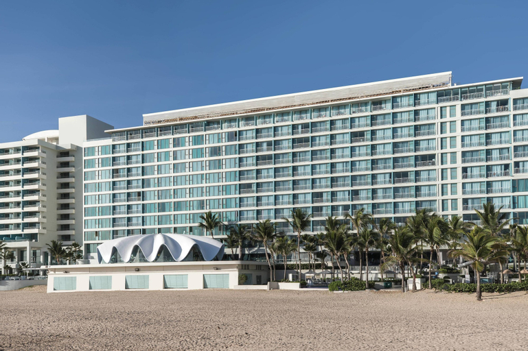 La Concha Renaissance San Juan Resort,