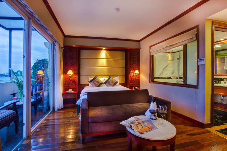 Conifer Boutique Hotel, Hoàn Kiếm