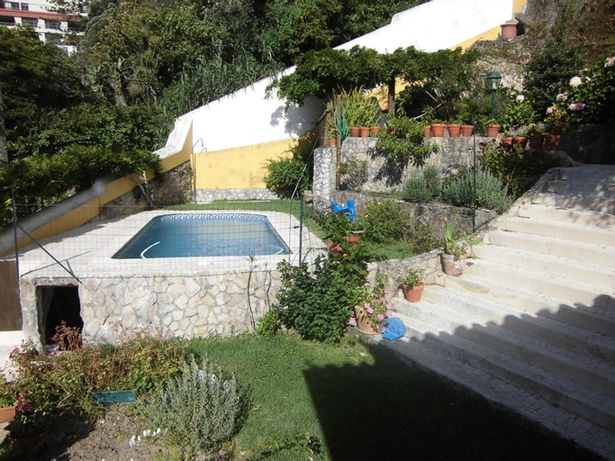 Villa With one Bedroom in Sintra, With Private Pool, Enclosed Garden and Wifi, Sintra