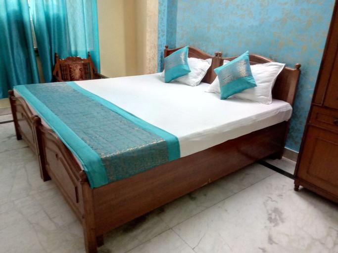 Rajdhani Inn, West