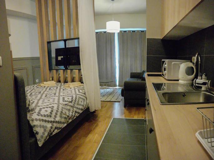 Star Luxury Apartments,