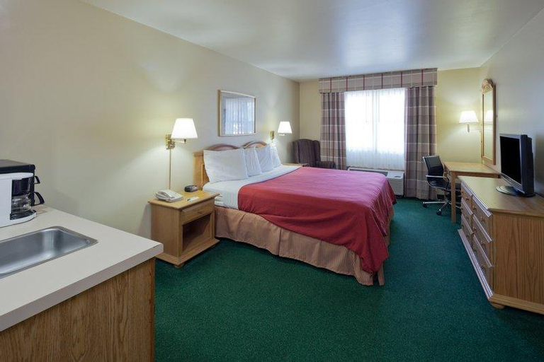 Country Inn & Suites by Radisson, Sparta, WI, Monroe