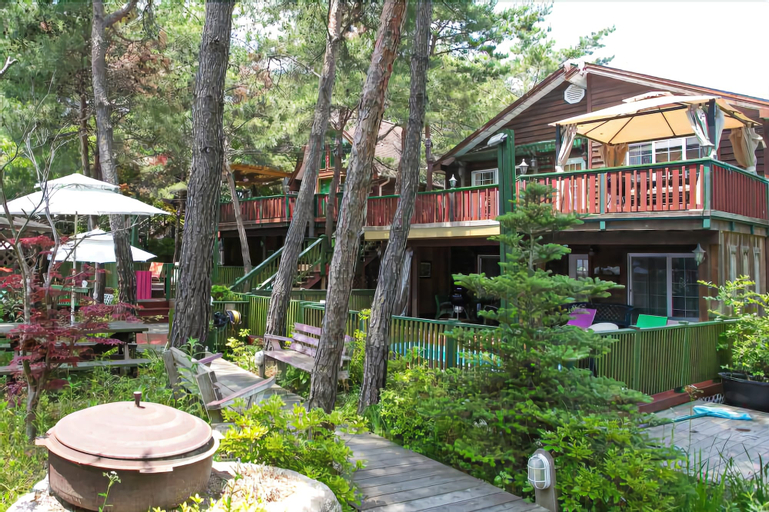 Marsh Mallow Pension, Hoengseong