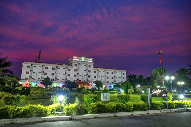 Naz Garden, Bogra