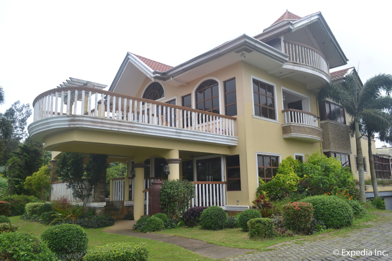 The Q Hotel & Restaurant, Tagaytay City