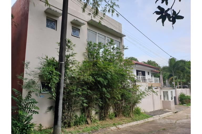 OYO 494 Modern Peak Suites & Resorts, Antipolo City