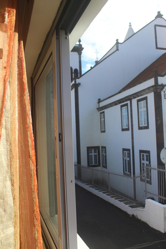 House With 2 Bedrooms in São Mateus da Calheta, With Wonderful Mountain View and Wifi, Angra do Heroísmo