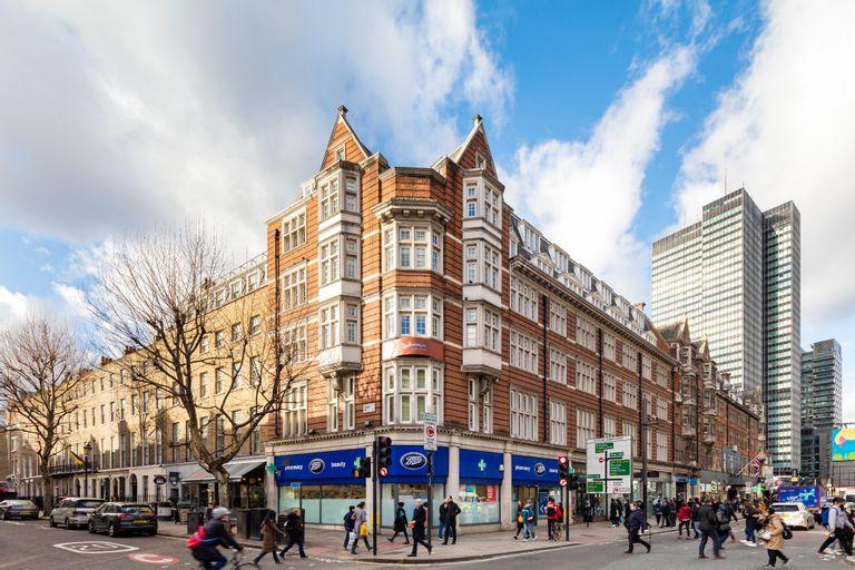 Radisson Blu Edwardian Grafton Hotel London, London
