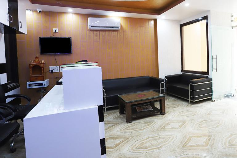 OYO 24236  Dwarka Residency, West