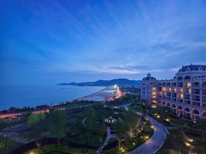 Hilton Dalian Golden Pebble Beach Resort, Dalian