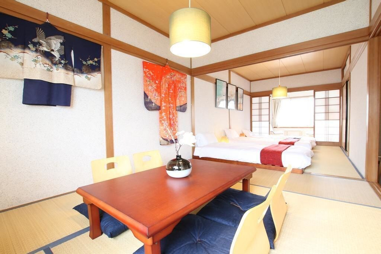 Guest House in Momodani (204-2), Osaka