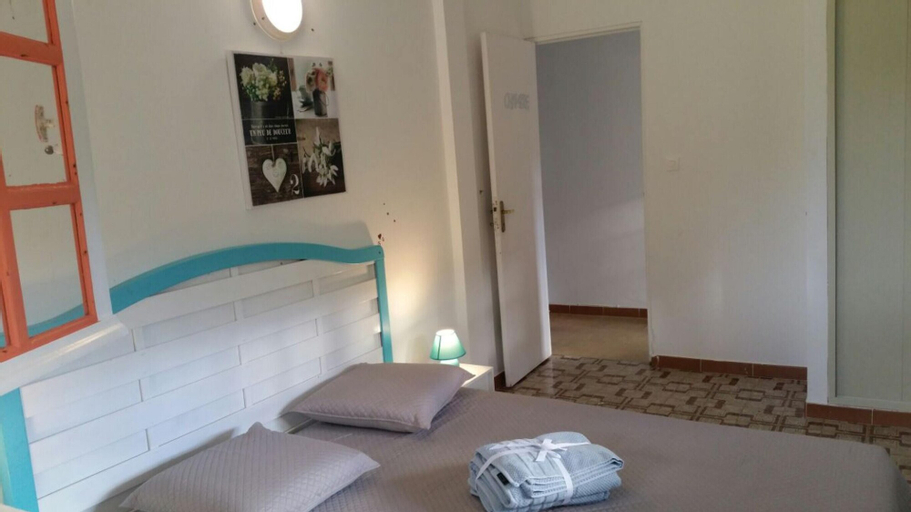 House With 3 Bedrooms in Saint-joseph , With Wonderful sea View, Enclosed Garden and Wifi, Saint-Joseph