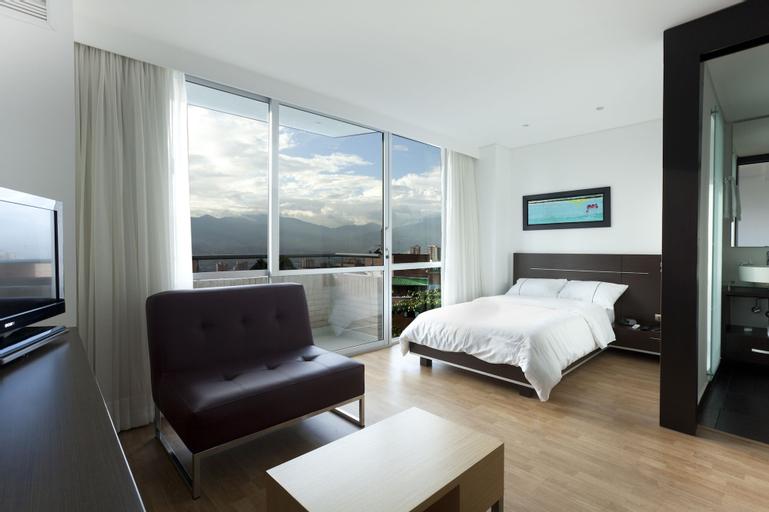 Sky Medellin Hotel, Medellín