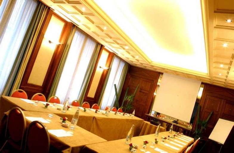 B4 GRAND HOTEL LYON, Rhône