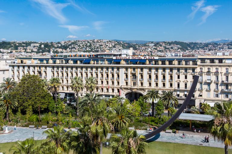Hotel Plaza, Alpes-Maritimes