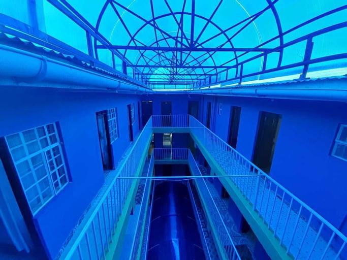 Railsend Hotel, Kieni