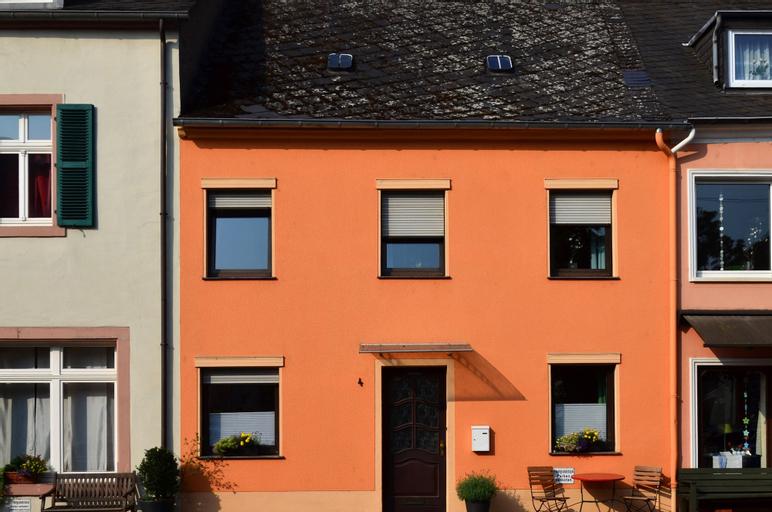 Design Vier, Trier