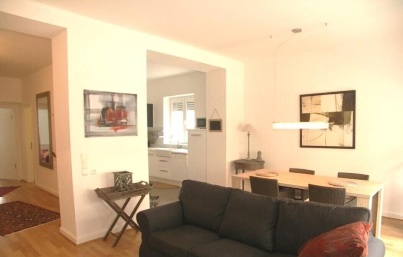 Classic Chic Flat 100m2 in City Center, Luxembourg