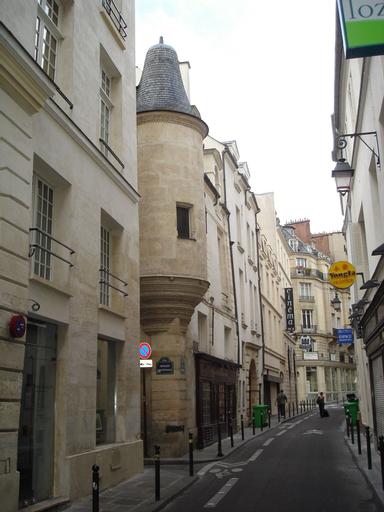 Classy Studio Notre-Dame, Paris