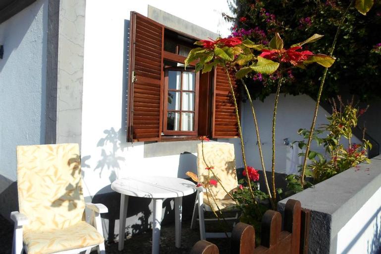 Vilas Oliveira, Funchal