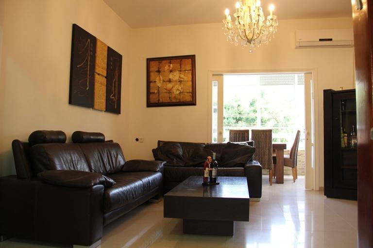 GK Apartments - Bialik 11,