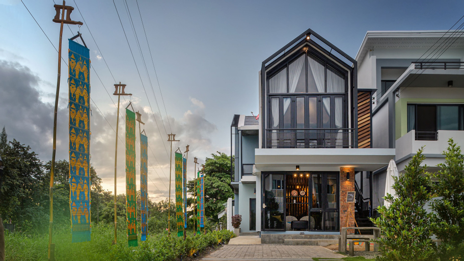 The Nichehome - A Lovely Waterside Living, Muang Chiang Mai