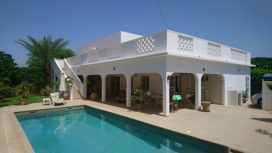 Villa With 3 Bedrooms in Nianing, With Wonderful City View, Private Pool, Enclosed Garden, Mbour