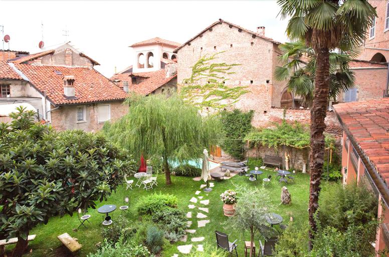 Lori's Inn, Cuneo