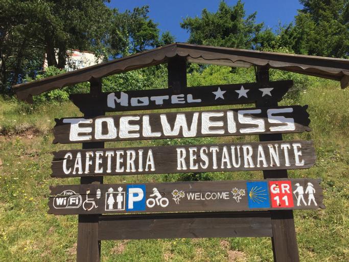 Edelweiss Candanchu, Pyrénées-Atlantiques