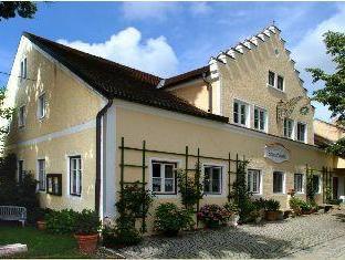 Guest House Schloß Tunzenberg, Dingolfing-Landau