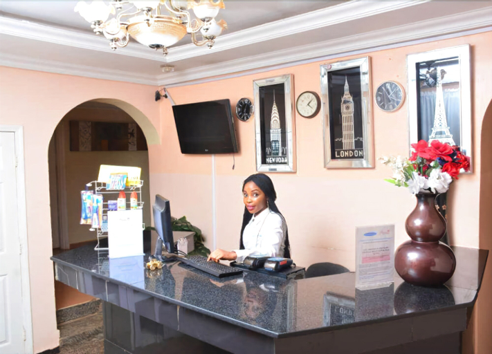 Princess Paradise Suites, Oshimili South