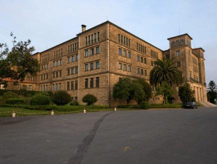 Albergue Seminario Menor, A Coruña