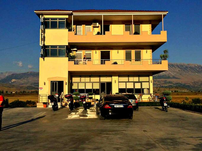 Selfo Hotel, Gjirokastrës