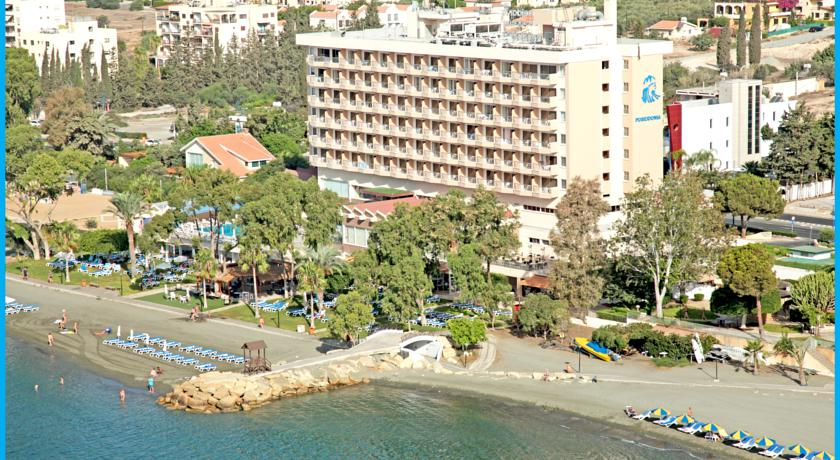 Poseidonia Beach Hotel,
