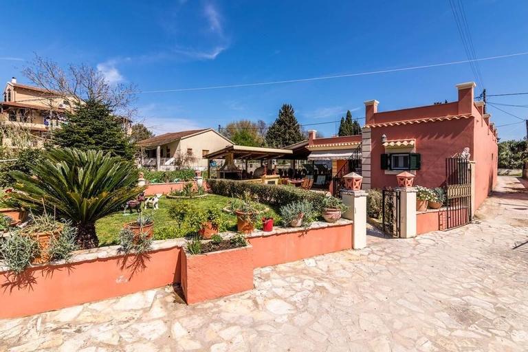 Antonela Sunshine Apartment, Ionian Islands