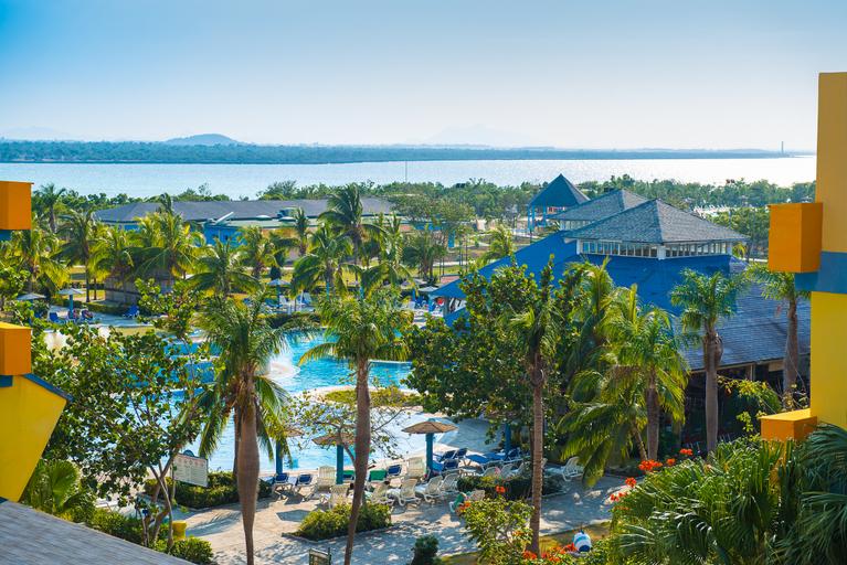 Aston Costa Verde Beach Resort, Rafael Freyre