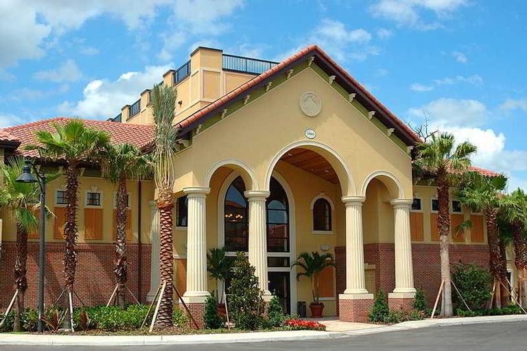 The Berkley Orlando, Orange