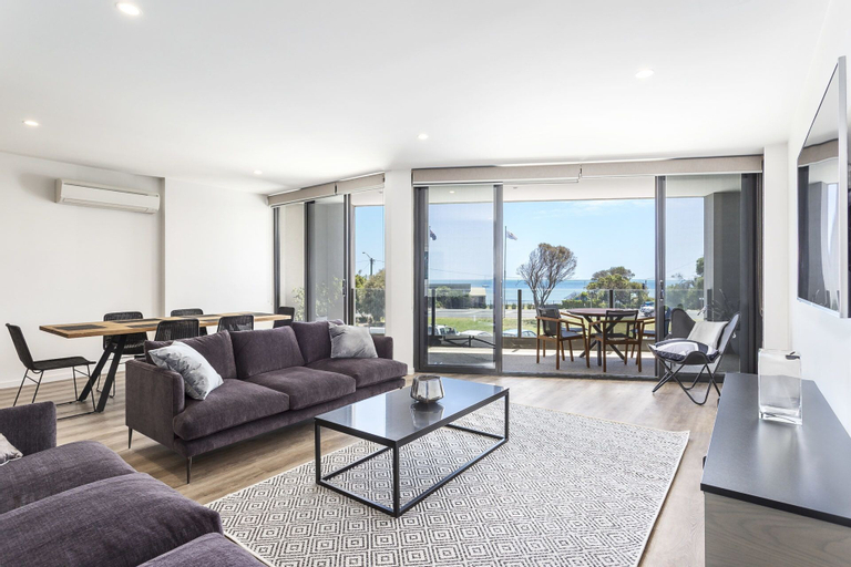 Blairgowrie Apartment 1, Mornington P'sula - South
