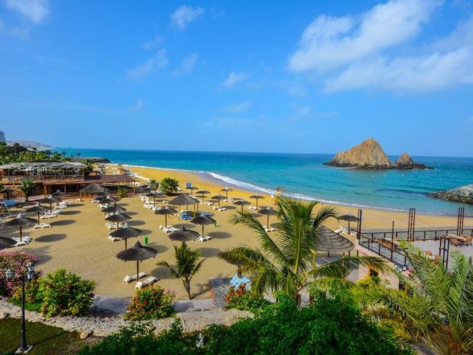 Sandy Beach Hotel & Resort,