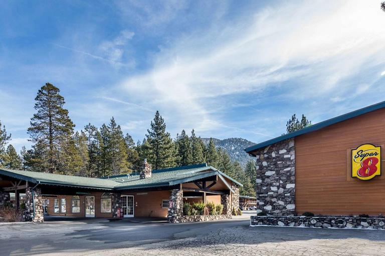 Super 8 by Wyndham South Lake Tahoe, El Dorado