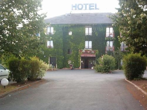 Hotel Restaurant Seminaires La Foresterie, Sarthe