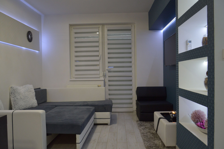 Füredi Gina Apartman, Debrecen