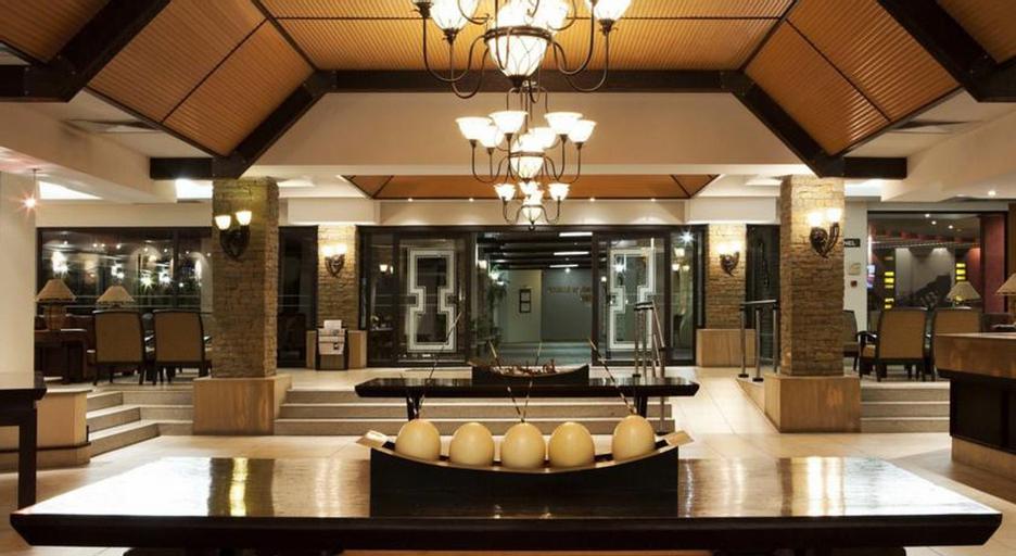 Safari Hotel Windhoek, Windhoek West