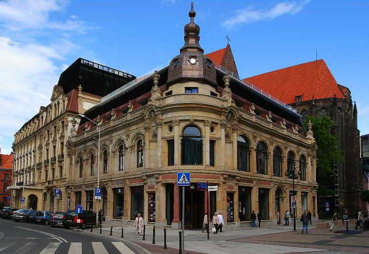 The Monopol Hotel, Środa Śląska
